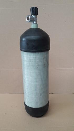 Fles Schietsport Carbon met kraan en beschermkappen 6,8 Liter 300Bar