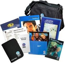 PADI Crewpak - Divemaster Ultimate met DVD